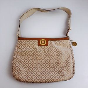 Tommy Hilfiger tan purse